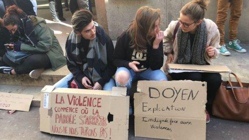 Montpellier fac droit manif panneaux