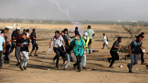Palestinians wage weekly war against Israeli forces