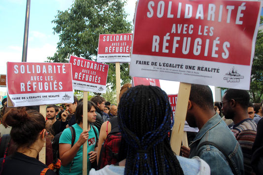 4651107_7_83de_manifestation-en-solidarite-aux-refugies-